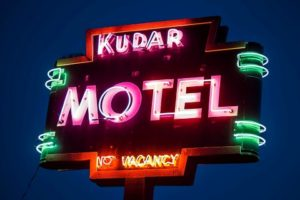 Kudar Mote_and_Cabins_Jackson_Wyoming_Vintage_Neon_Signs_Photo John M Wayland (Mobile)